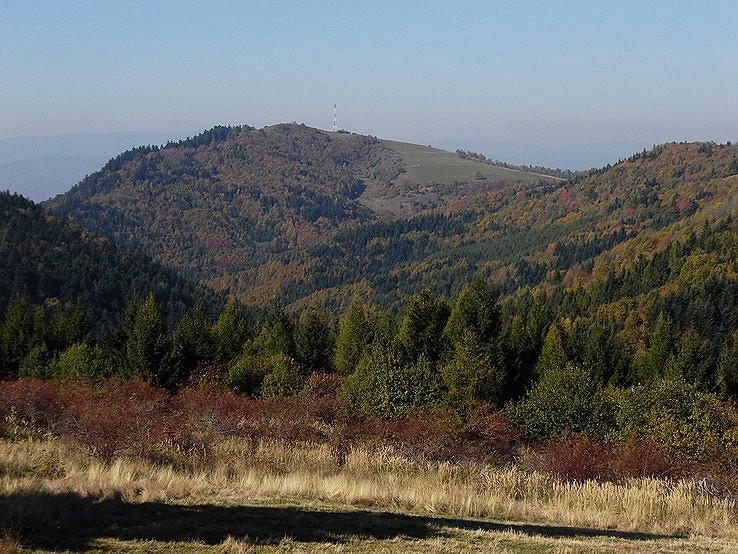 Zlatý vrch z diaľky
