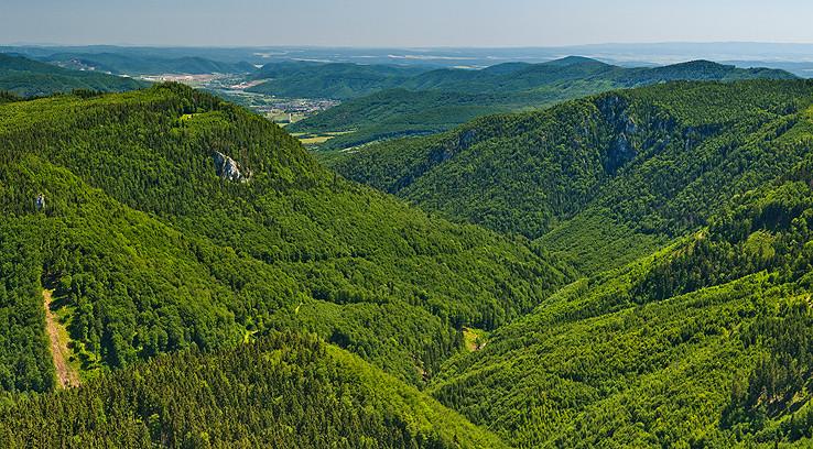 Hrdzavá dolina