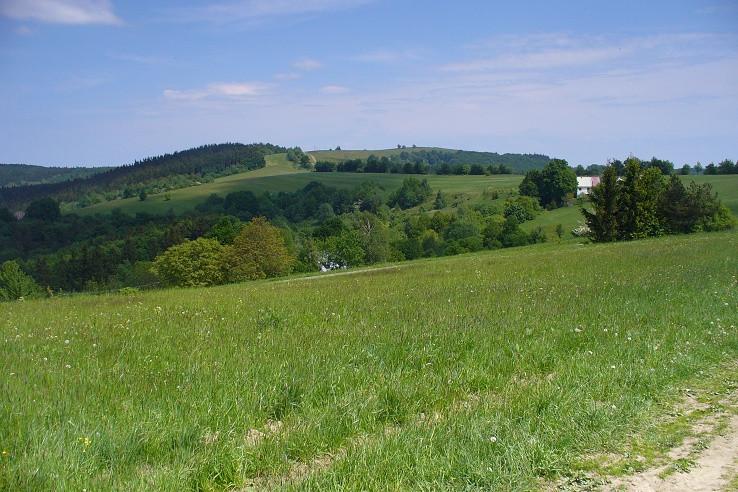 Hrebeň smerom na Machnáč