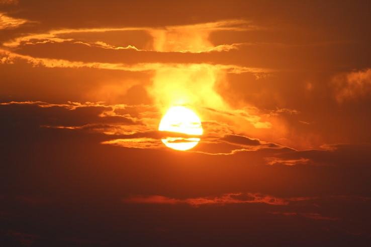 Horiace slnko, alias západy na západe.