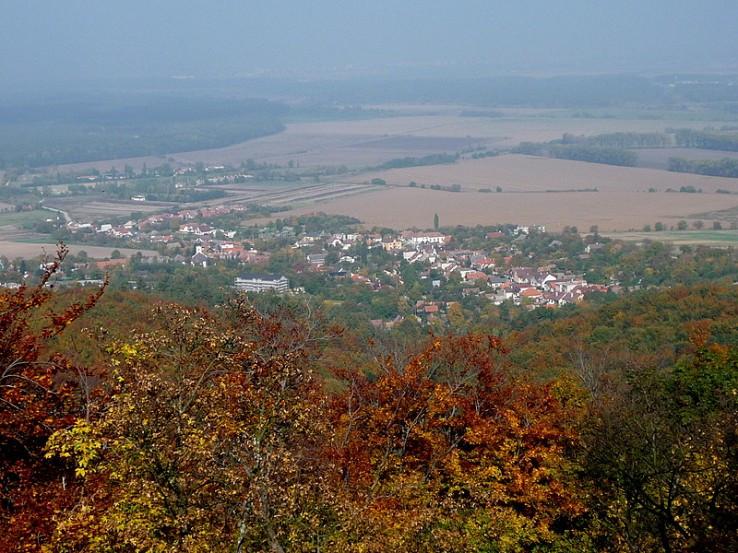 Cerová z hradu Korlátko