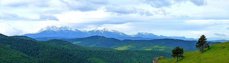 Panoráma Tatier z Lesnického sedla