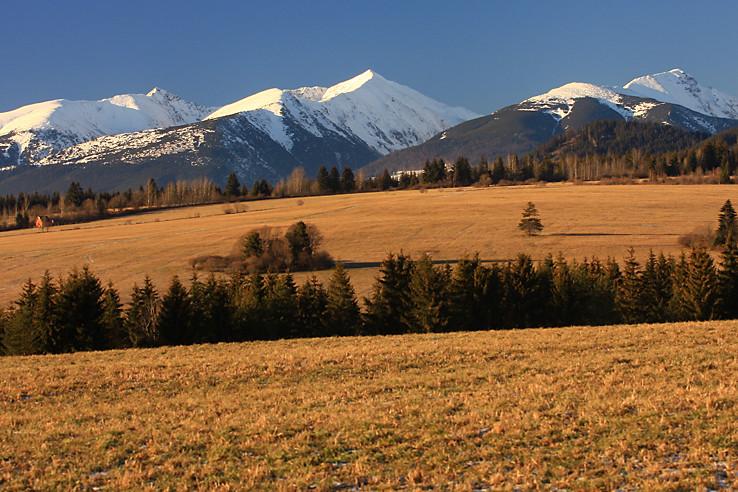 Tri hrebene
