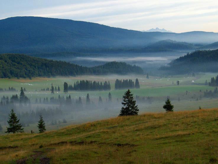 Ráno v sedle Besník v Slovenskom raji