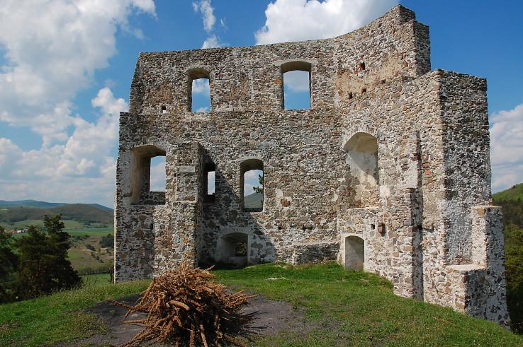 ruina hradu