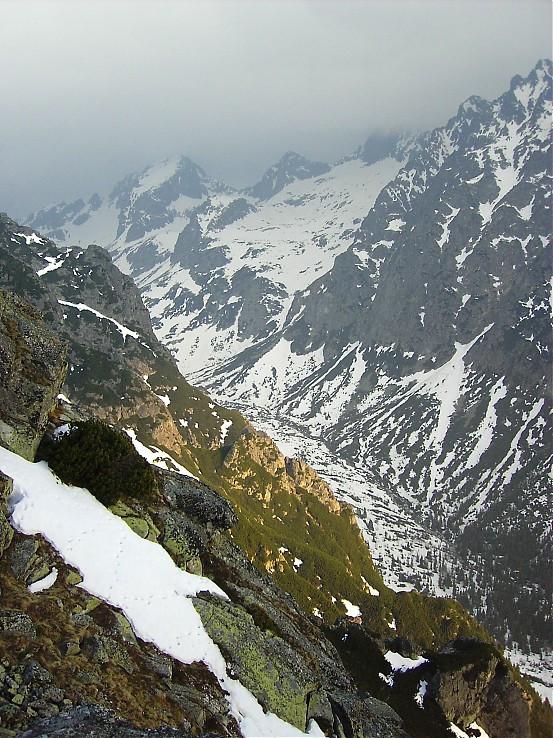 Ráno vchádza do Veľkej Studenej doliny