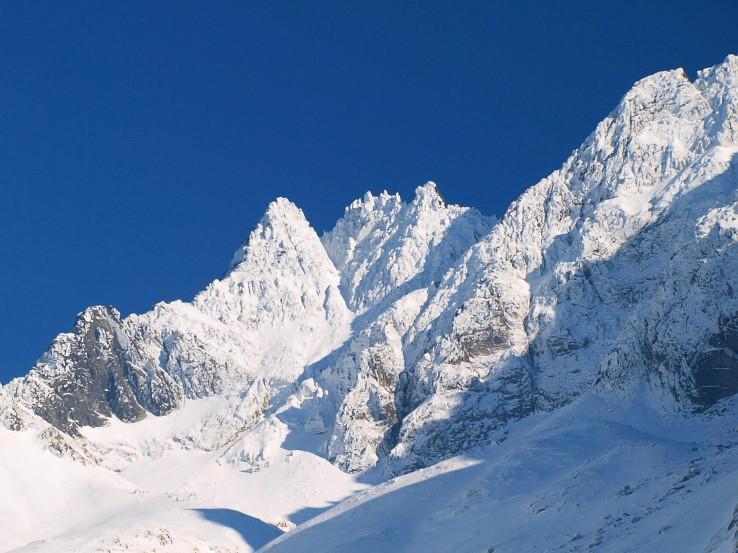 Čierny štít (2429 m)