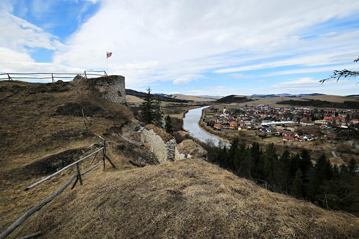 Z ruín hradu Plaveč