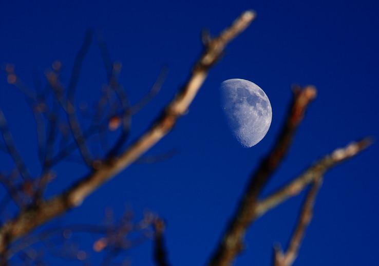 Zaostrené na Mesiac