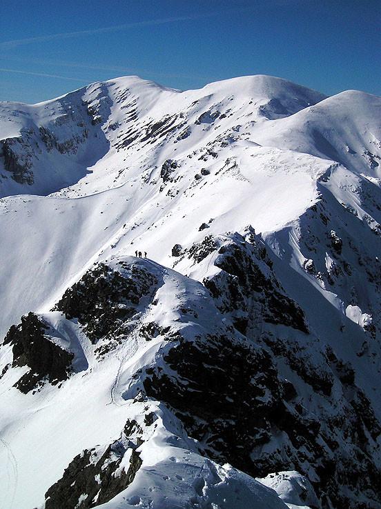 Zimným hrebeňom Červených vrchov II.