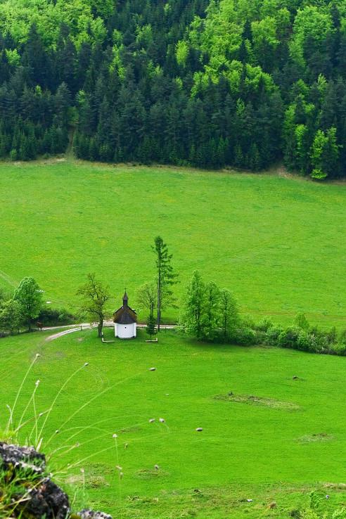 Kaplnka v zelenom