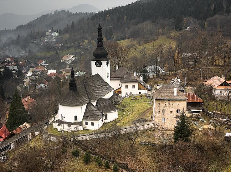 Kostol - pevnosť