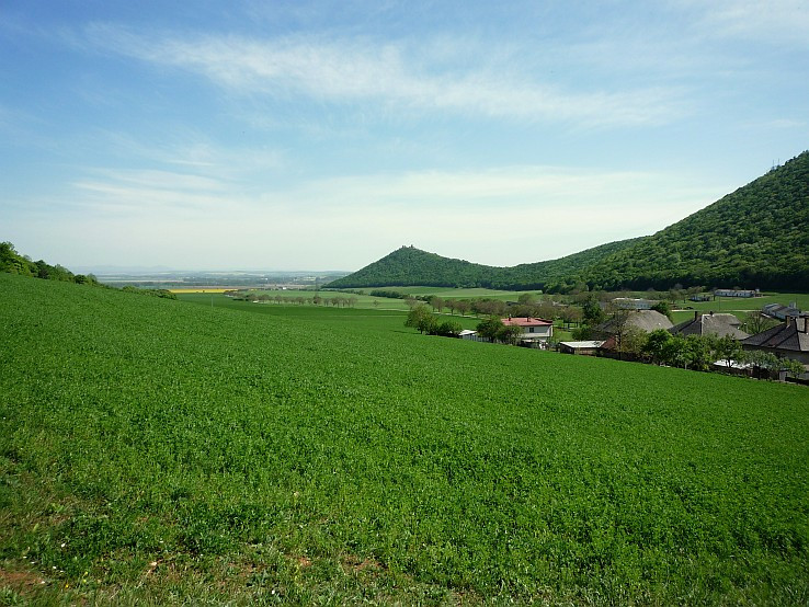 Turnianský Hrad - pohľad z Hája