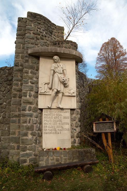 Pomník Maryčky Magdonovej