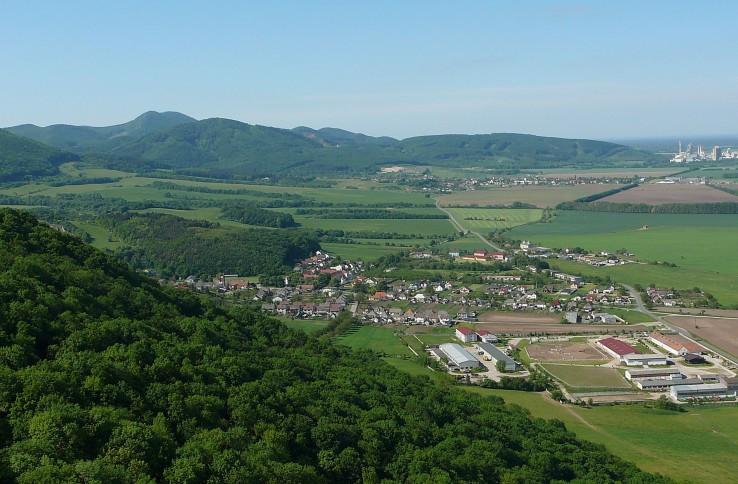Z Plaveckého hradu.