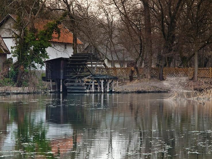 Pri vodnom mlyne v Dunajskom Klátove
