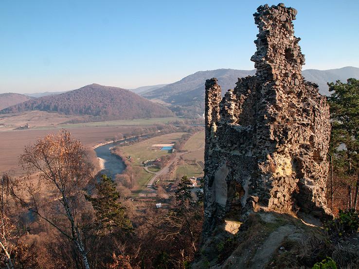 Hron z hradu Revište