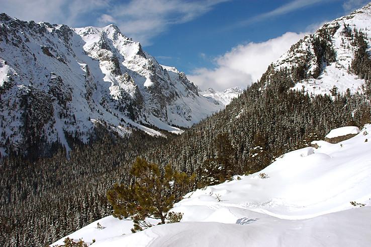 Pohľad z magistrály do Veľkej Studenej doliny.