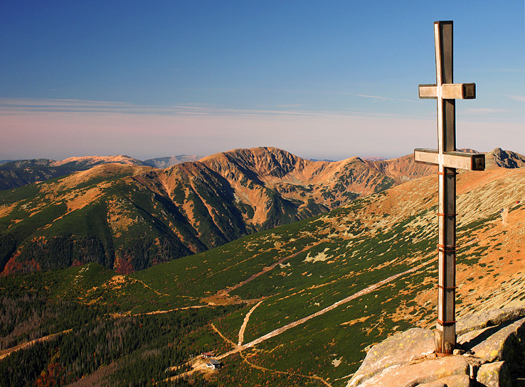 Z vrcholu na západ