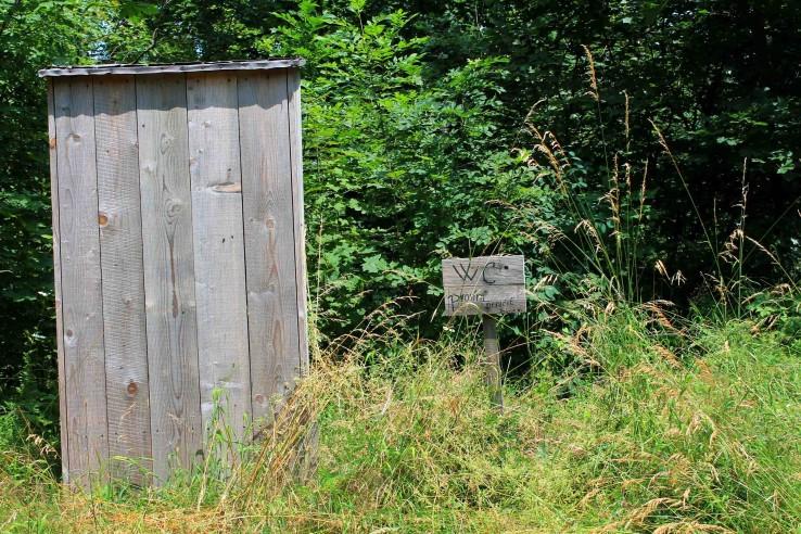 WC - prosím neničiť