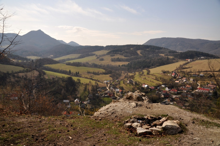Od Košeckého hradu