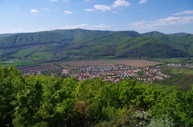 Pohľad zo zrúcaniny Breznického hradu