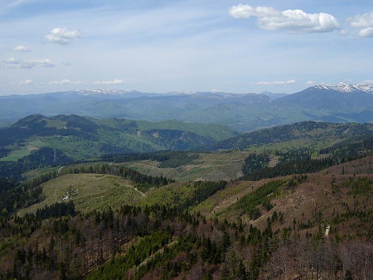 Jarný výhľad z Hrbu