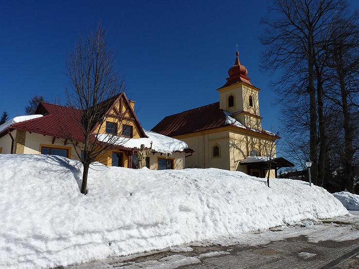 Kostol na Donovaloch