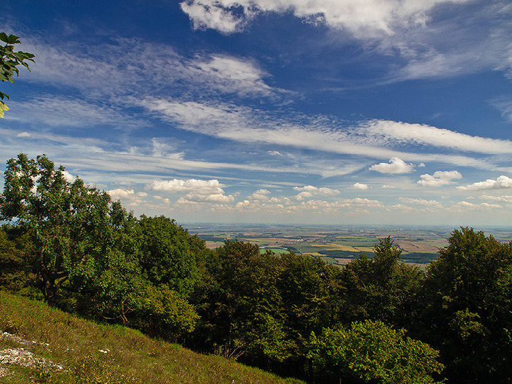 Nebo nad Podunajskou rovinou