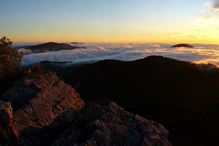 Karpaty v oblakoch