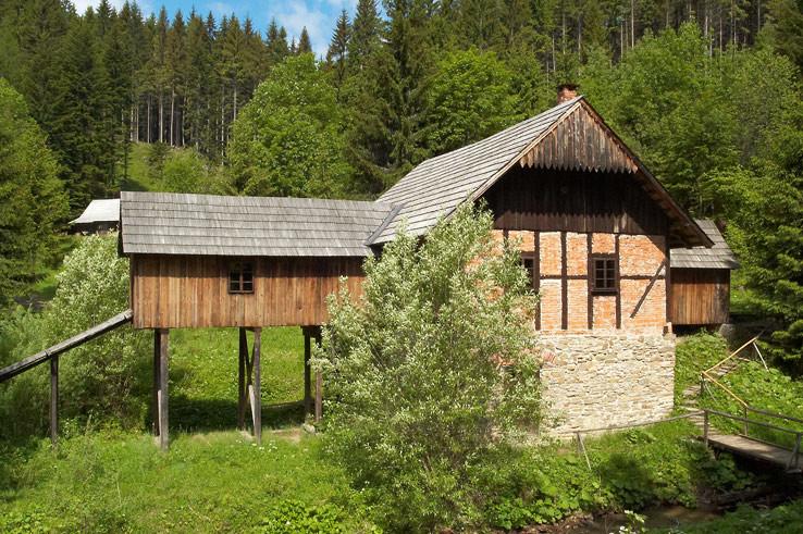 V múzeu kysuckej dediny