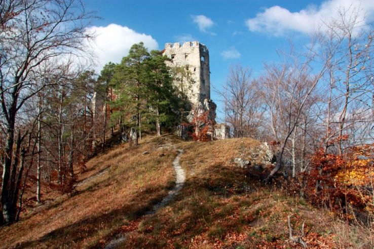 Hrad Uhrovec II
