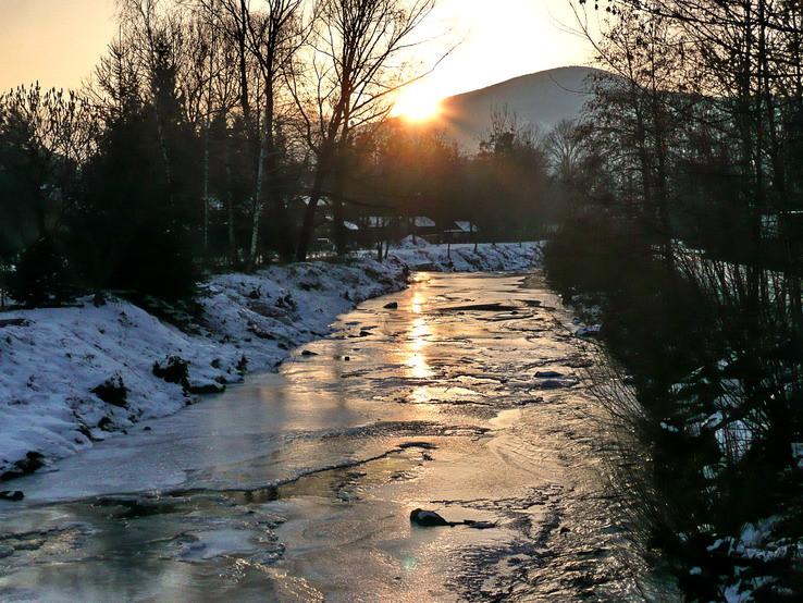 řeka se uzavírá...