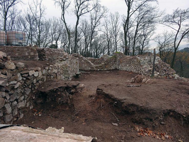 Obisovsky hrad II