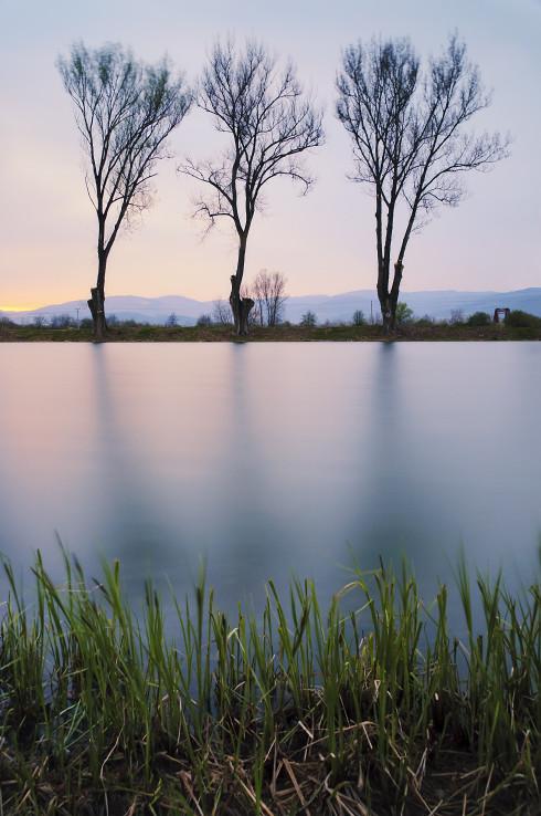 Trojka pri rybníku