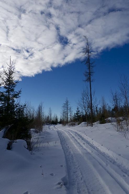 Malý kúpeľný chodník v zime