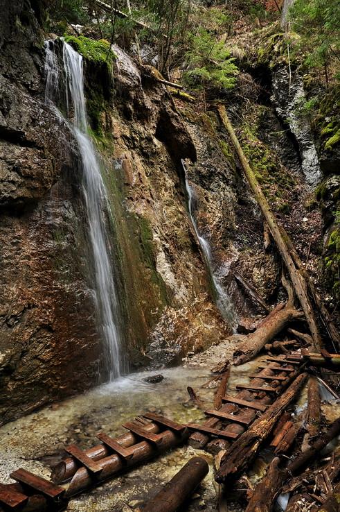 Čaro Machového vodopádu