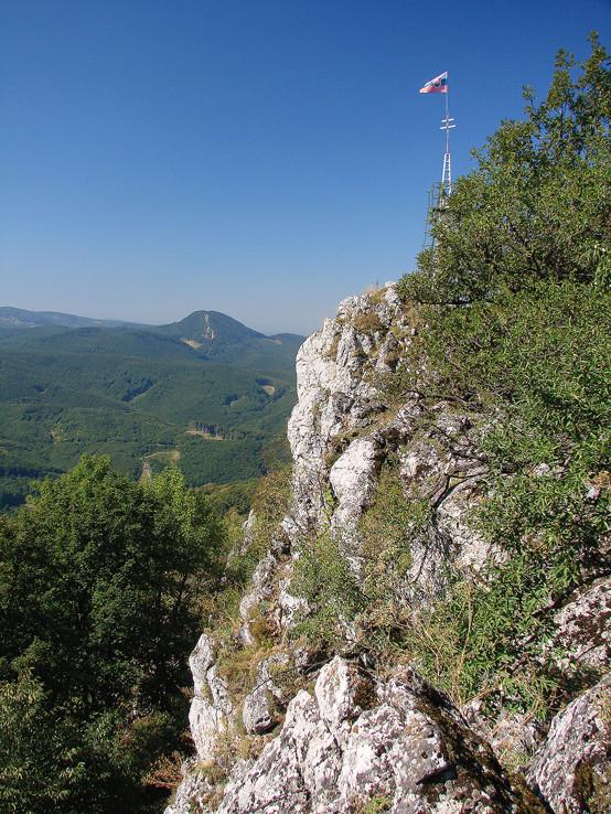 Vrchol Vápennej (752m)