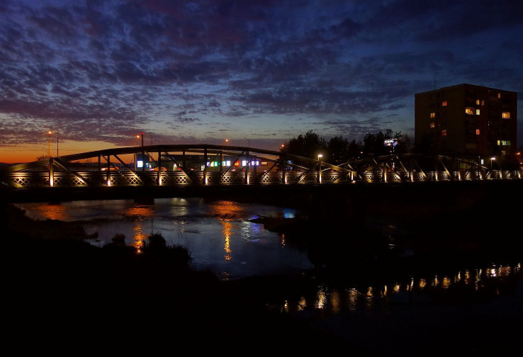 Neskorý podvečer pri Valaškovskom moste