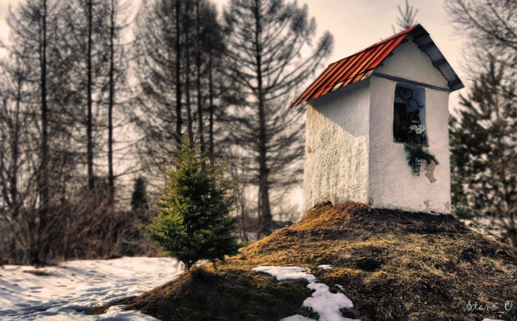 Kaplnka nad Lačnovom