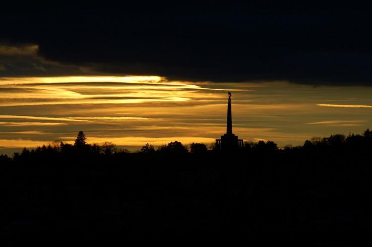 Západ slnka nad Slavínom