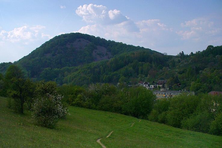 Kamenná (495 m)