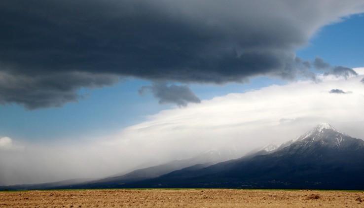 Búrka sa blíži nad Tatry