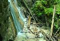 Machový vodopád trochu netradične
