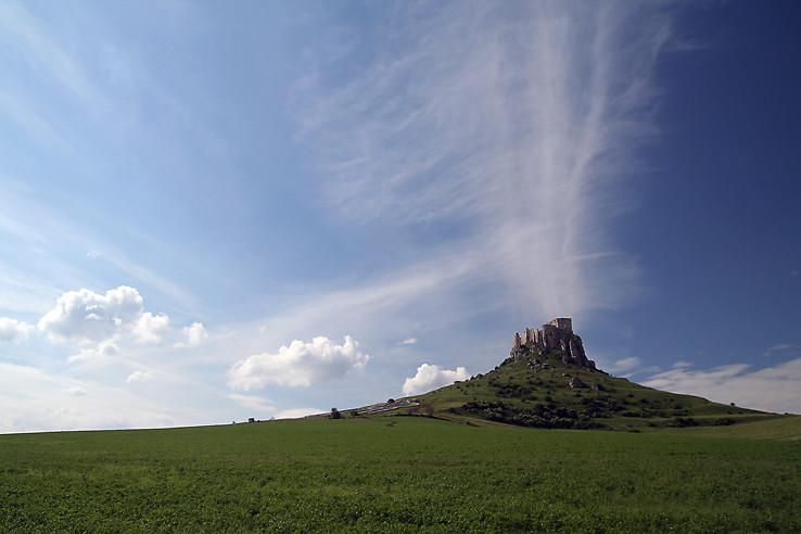 Hrad alebo sopka 2