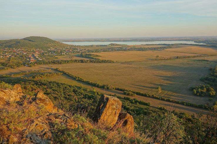Viniansky hradný vrch