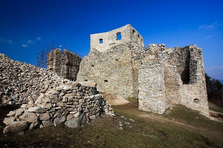 Hrušov, február 2015