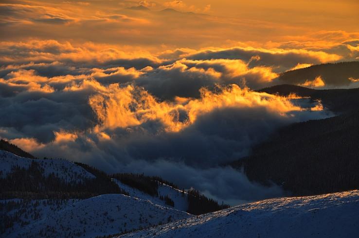 Vecer nad oblakmi