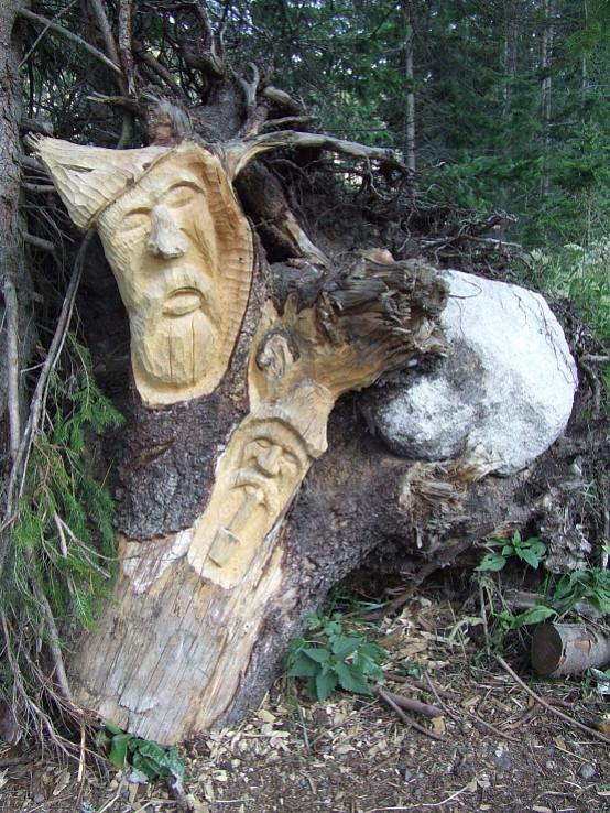 Strážcovia lesa