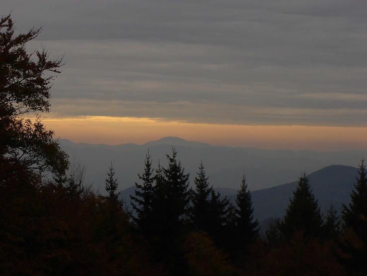 Pochmúrne jesenné ráno
